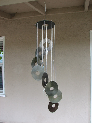 How to make hard drive wind chimes | Evil Mad Scientist Laboratories